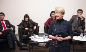 Fleur Platow am Round Table des Frauen-Fonds-Forums 2013